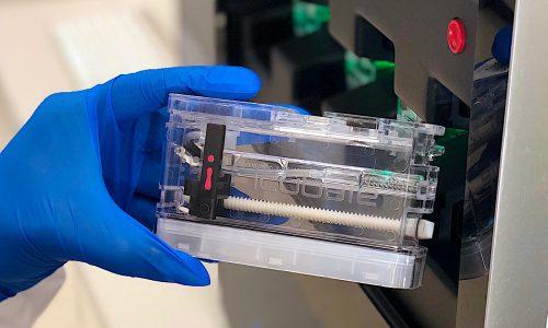 MarCom_Photo_201911_Cassette Close Up Loading Processor