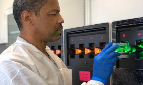MarCom_Photo_201911_Cassette Loading Processor_Ewing Lab